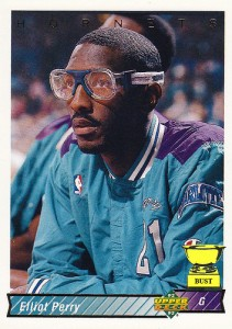 "46^ Elliot (Lamonte) Perry ""Socks""-N°21, PG, 28/03/1969, Memphis (Tennessee), 183 cm, 68 kg, 1991-92, squadra precedente: La Crosse Catbirds, squadra successiva: La Crosse Catbirds, G. 40, Pt. 113."