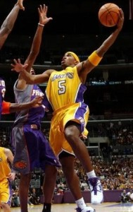 134^ Tierre Brown-N°6, PG, 03/06/1979 Iowa (Louisiana), 188 cm, 85 kg, 2004, squadra precedente: Charleston Lowgators, squadra successiva: Los Angeles Lakers, G. 3, Pt. 6.