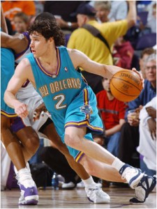 144^ Dan ('iel David) Dickau-N°2, PG, 16/09/1978 Portland (Oregon), 182 cm, 78 kg, 2004-05, squadra precedente: Dallas Mavericks, squadra successiva: Boston Celtics, G. 67, Pt. 882. http://www.youtube.com/watch?v=IOcnYq2t4Ic&feature=youtu.be