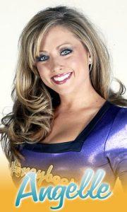 Angelle (Marie) Tymon, 04/04/1983, Gramercy (LA). Dal 2002 al 2004 come Honeybees,è passata poi a fare la giornalista televisiva e la conduttrice di un quiz che si chiama Playmania negli States.