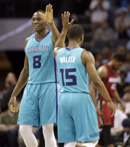 Biyombo e Walker, due importanti perdite per gli Hornets. Oltre a loro out momentaneamente anche Marvin Williams.