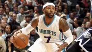 Mo Williams in azione contro i Thunder. 24 punti e 12 assist di Maurice non sono bastati agli Hornets.