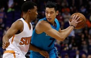 Jeremy Lin parte ancora in quintetto grazie all'assenza di Batum. Numeri apparentemente buoni ma troppi turnover e difesa che non ha convinto.