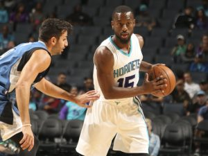 Dal sito degli Hornets ufficiale: CHARLOTTE, NC - OCTOBER 10: Kemba Walker #15 of the Charlotte Hornets handles the ball against the Minnesota Timberwolves against the Charlotte Hornets during a preseason game on October 10, 2016 at the Spectrum Center in Charlotte, North Carolina. NOTE TO USER: User expressly acknowledges and agrees that, by downloading and or using this photograph, User is consenting to the terms and conditions of the Getty Images License Agreement. Mandatory Copyright Notice: Copyright 2016 NBAE (Photo by Kent Smith/NBAE via Getty Images)