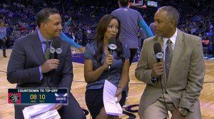 Collins, Ready e Curry presentano la partita.